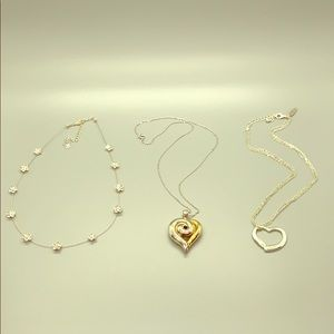 Jewelry - Set of 3 Silvertone Necklaces